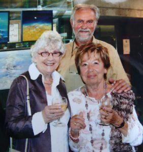 Paula SEMERS en Alice TOEN op expo in Jezus-Eik