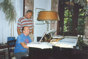 At the home of François Glorieux on the 18th of May 1998: the musician plays