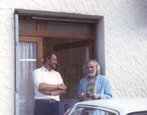 Georges Moustaki op tentoonstelling in Zuid-Frankrijk 1987.