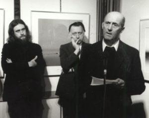 Inleiding door Pieter G. Buckincx, Emile Kesteman en Erik van Ruysbeek op vernissage november 1977 met presentatie van het boek