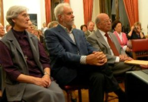 Zuster Lutgardis CRAEYNEST , Jacky DUYCK en Jos MERTENS  drie ereburgers van Dilbeek